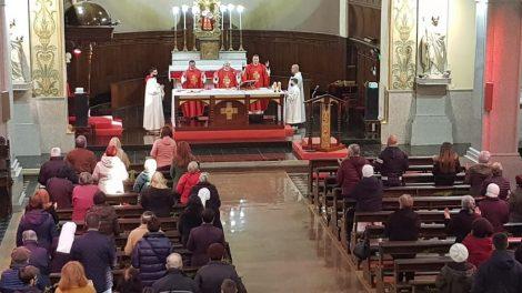 Монсеньор Георги Йовчев изнесе литургията.