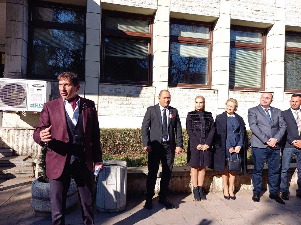 Георги Мараджиев с част от кандидат-депутатите от Пловдивска област