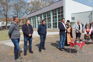 Започна изграждането на ново футболно игрище в Първенец.