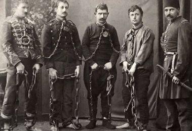 Арестуваните голямоконарци след потушаването на въстанието.