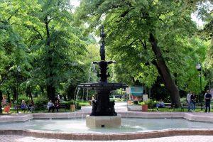 Дежурни екипи ще поддържат чистотата и безопасността на парковете в Пловдив.