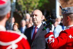 Румен Радев поздрави всяка от представителните роти.