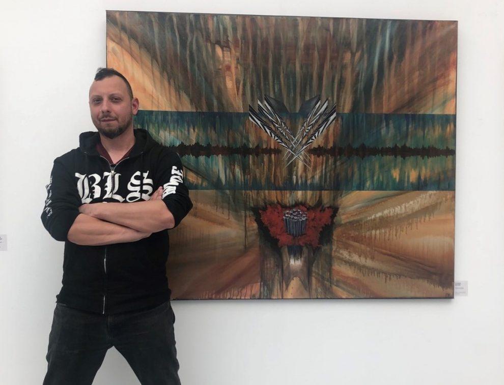 Награденият художник Пламен Велчев