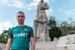 Новият резервен екип на Ботев ПД в цвета на Ботевите четници.