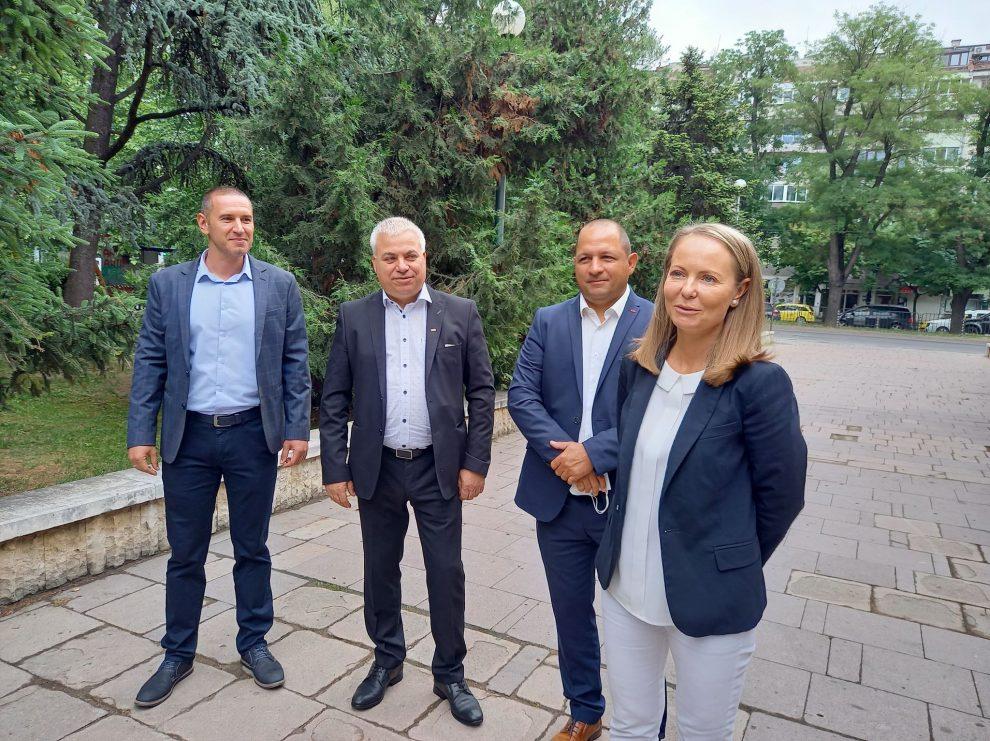 Дани Каназирева, Младен Шишков, Йордан Кръстанов и Димитър Янев.
