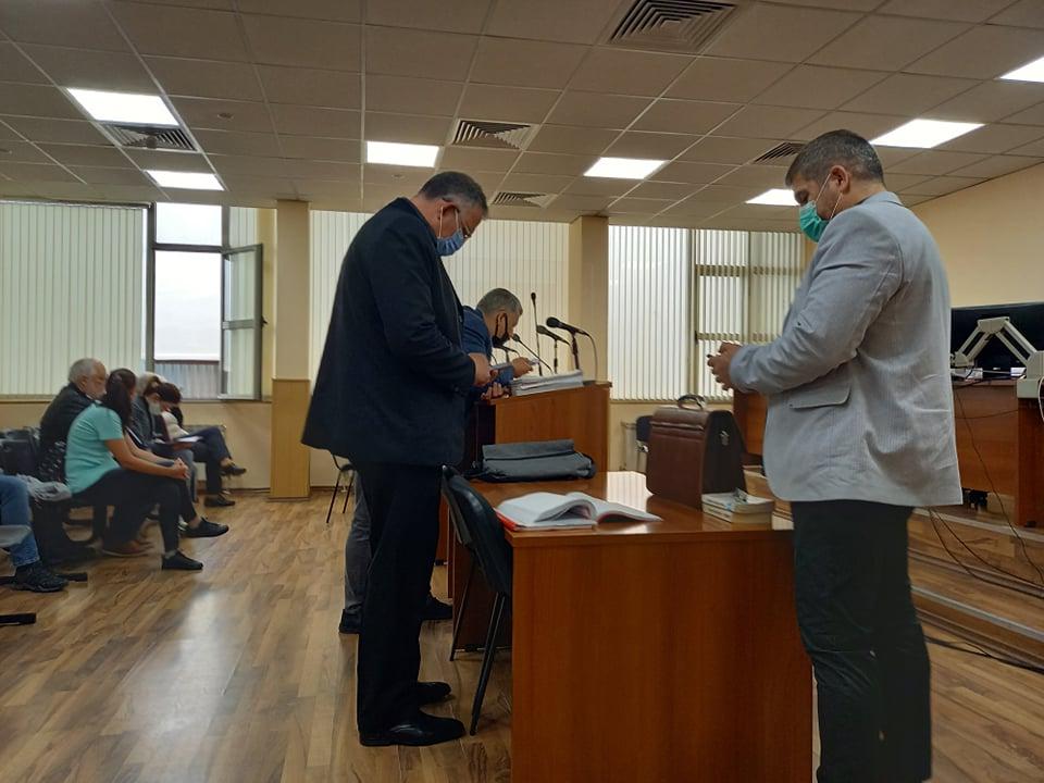 Д-р Иван Димитров в съдебната зала.