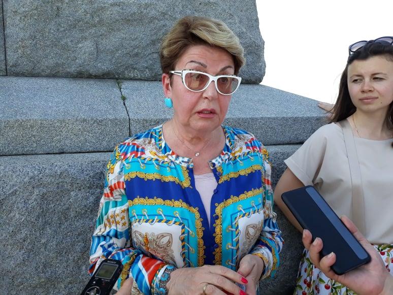 Елеонора Митрофанова на Альоша