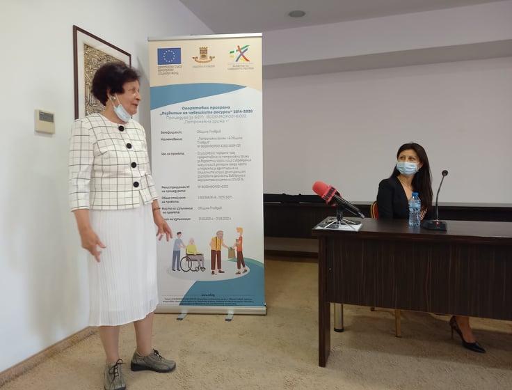 Медицинската сестра Елена Христозова