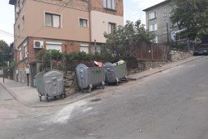 Част от новите контейнери в Асеновград.