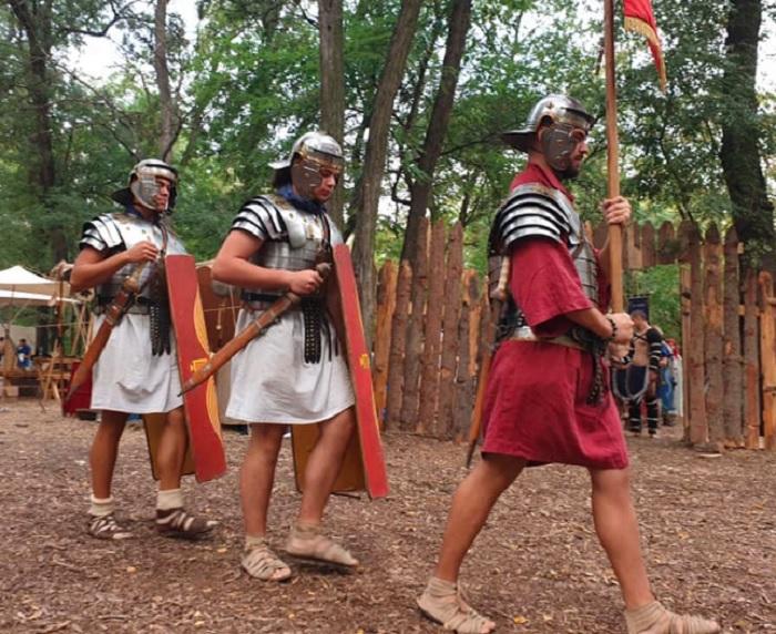 """Автентични оръжия и рицарски битки в """"Лаута"""""""