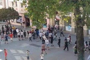 Протестът на ресторантьорите беше многоброен.