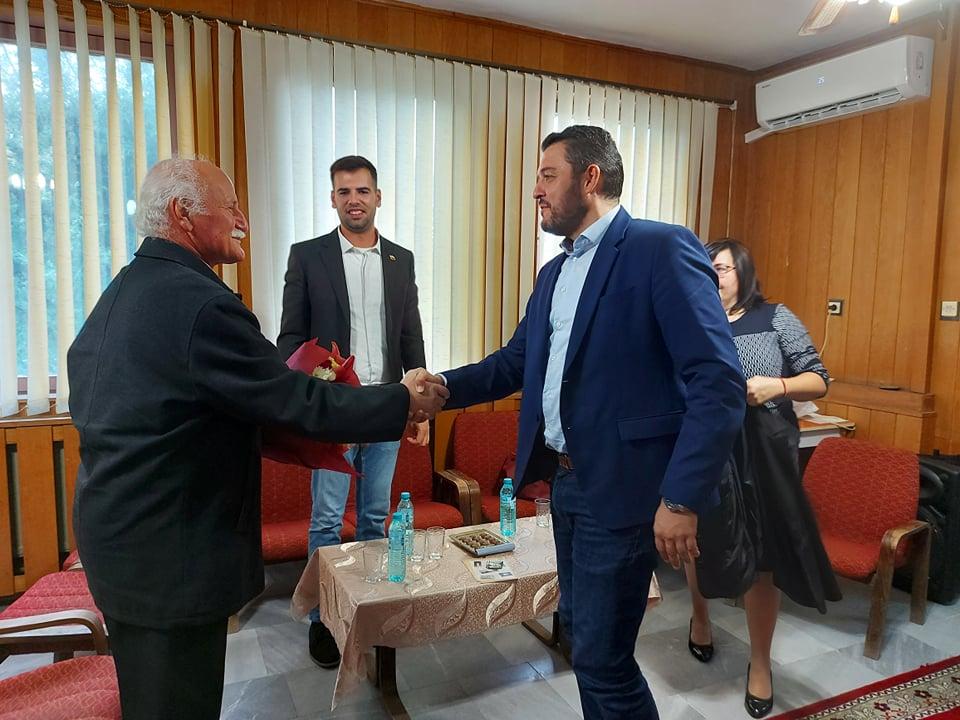Павел Михайлов с жест към легендарния кмет Георги Мостров