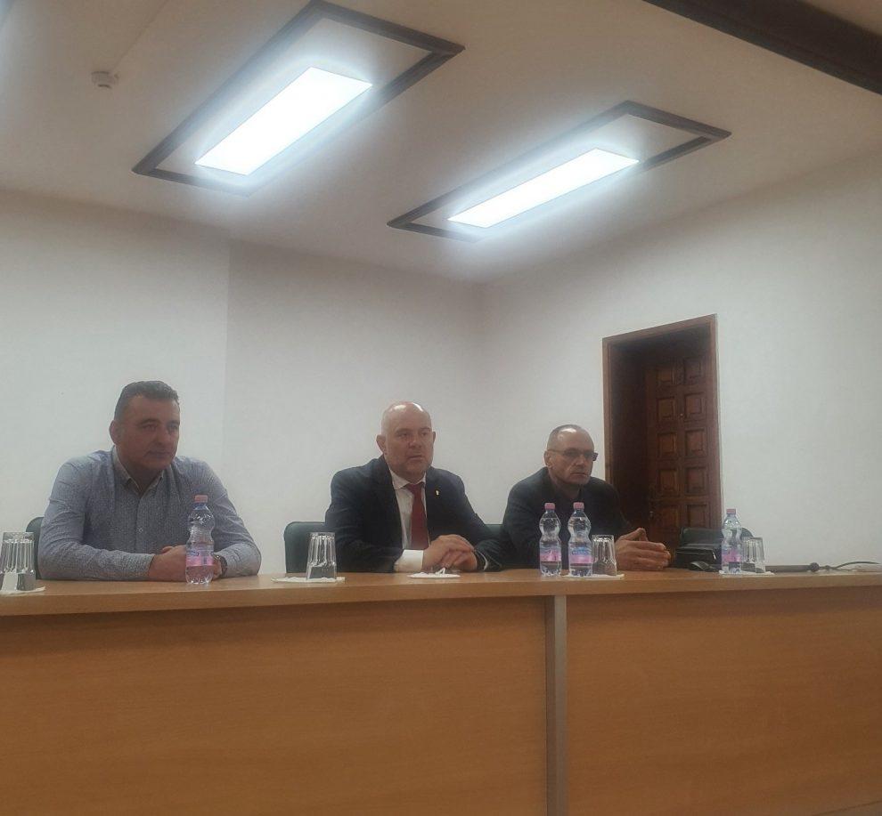 Иван Гешев на срещата с прокурори