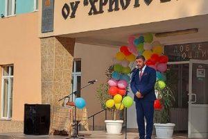 """Кметът на """"Родопи"""" към учителите: Умножавайте успехите си!"""