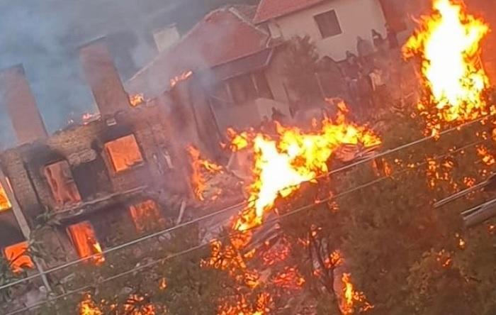 Организират дарителска акция за 5 семейства от Биркова, останали без дом след пожар